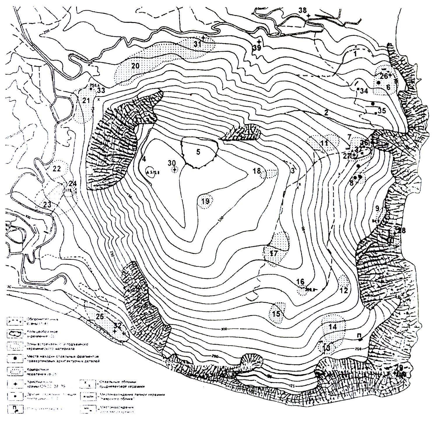 Рис. 1. Карта археологических памятников горы Аю-Даг.