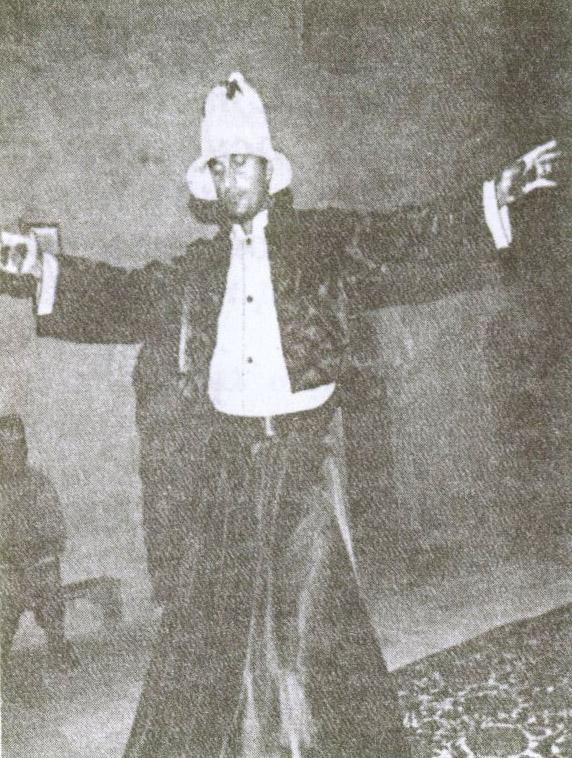 Сегодня в текие вновь можно увидеть пляски дервишей. Их демонстрируют зрителям участники фольклорной группы «Дервиш». Фото из архива Культурно-этнографического центра «Текие-дервиш»